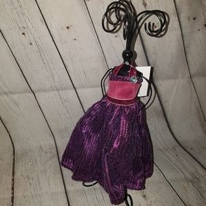 Jewelry - NWT Necklace Holder